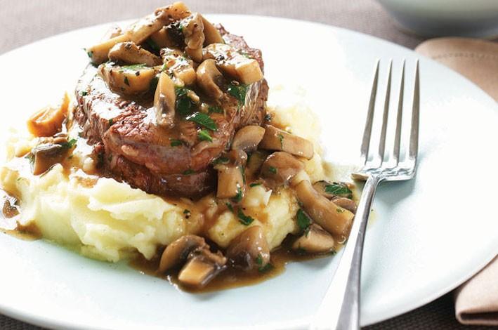 Australian Mushrooms   Steak with Mushroom Sauce